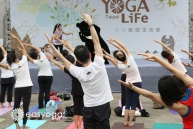 yogalife%e9%bb%91%e7%86%8a%e5%90%88%e4%bd%9c-6